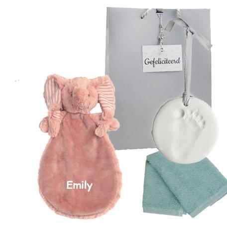 Babypakketje knuffeldoekje Elephant Emily met naam