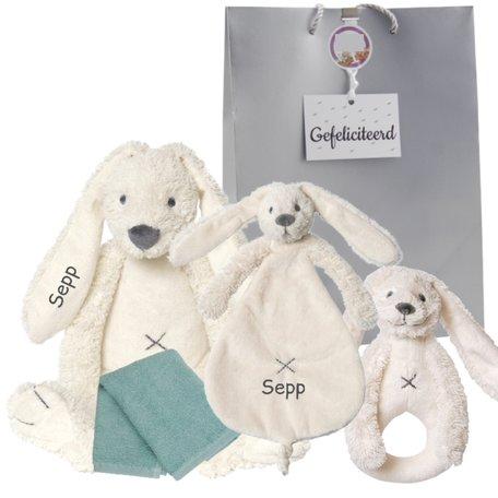 Baby cadeau Rabbit Richie ivory met naam