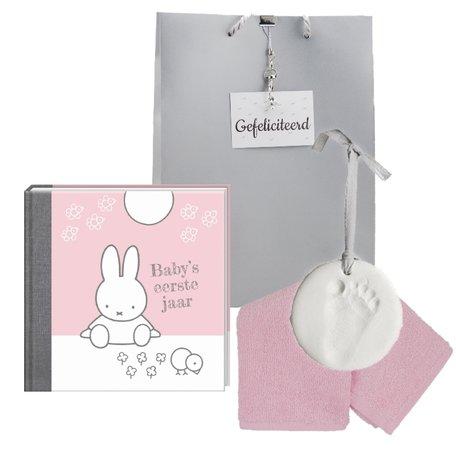 Baby Cadeauset Nijntje Boek Roze met kleihanger