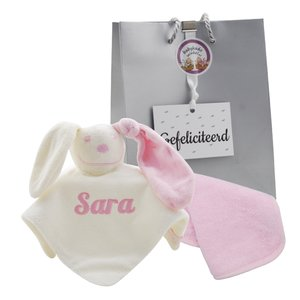 babypakketje babyroze met naam