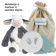 Op Penny Blossoms (fashionbabes vinden hier de beste online shops) is alles over kado te vinden: waaronder baby en specifiek Baby Cadeauset Cow Casper van de online shop Babykadowinkel